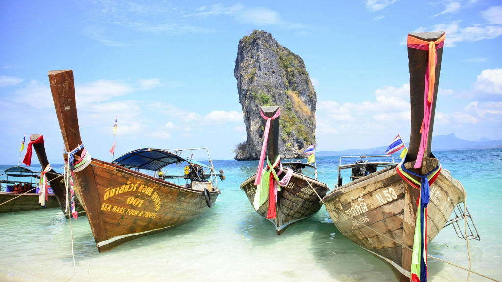 How to Phuket to Phi Phi by ferry?